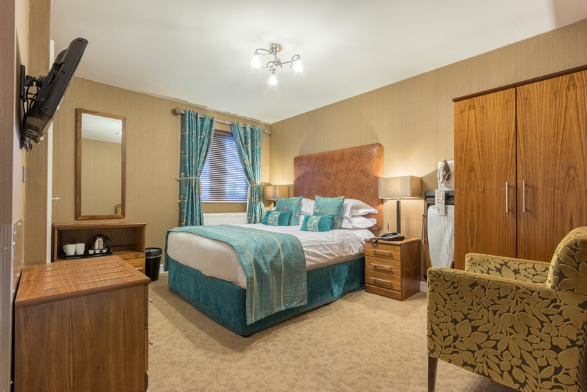 Classic Rooms at Hunday Manor Hotel